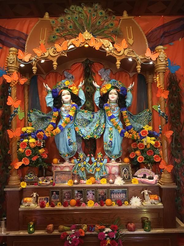 8. výročí instalace Božstev Šrí Šrí Nitái Gauránga