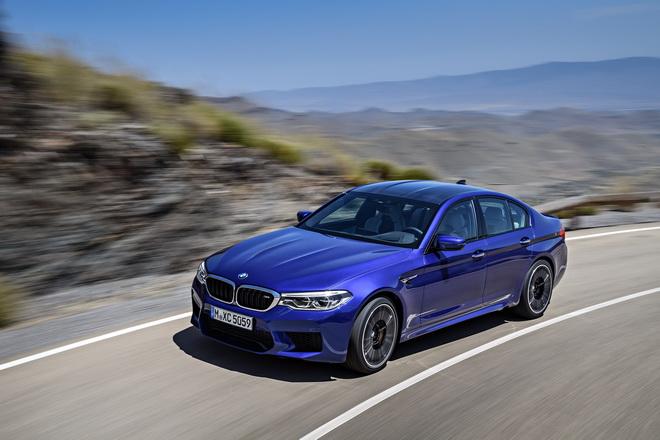 [新聞照片二]全新BMW M5不論在賽道或一般道路皆能展現無與倫比的運動性能及精準操控
