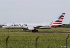 American Airlines 757-200 N189AN