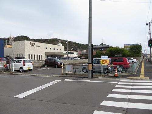 福島競馬場の国道4号線沿いの民間駐車場