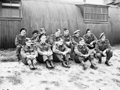 Candidates from the Canadian Army Overseas complete training at the British No. 1 Parachute Training School, Royal Air Force... / Candidats de l'Armée canadienne outremer terminant leur entraînement à l'École de formation en parachutisme no 1 de la Royal
