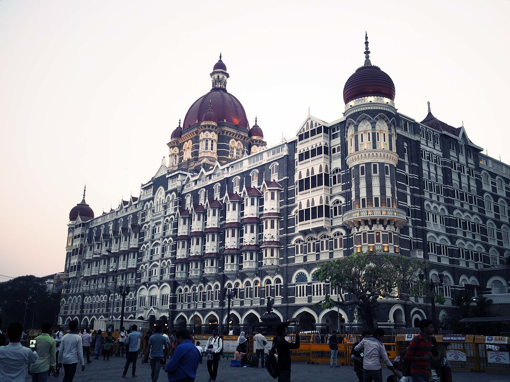Taj Palace Hotel Sunset Mumbai_effected