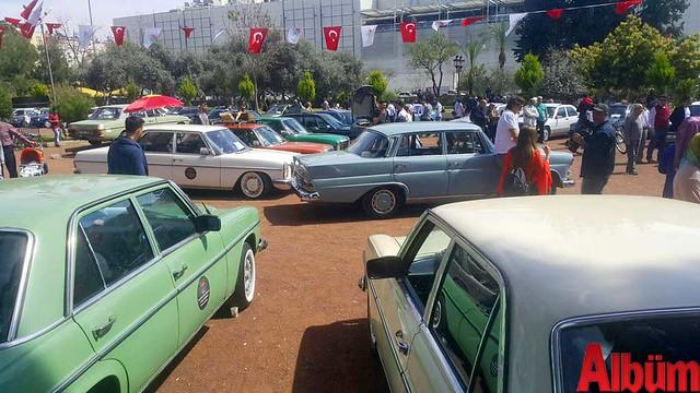Klasik Mercedes tutkunları Antalya'daydı -4