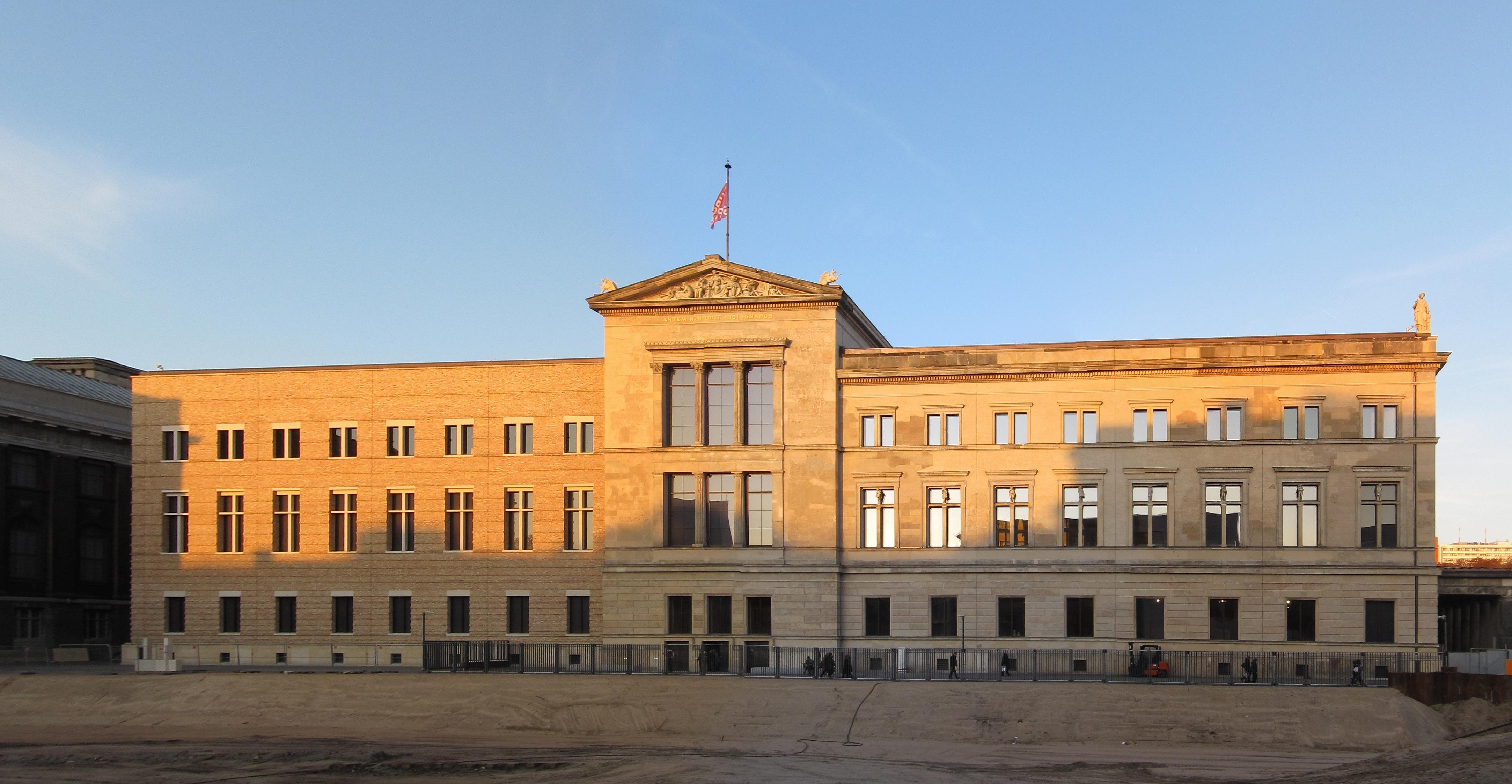[url=https://flic.kr/p/25WCDRS][img]https://farm1.staticflickr.com/887/41312361792_273b1139a8_o.jpg[/img][/url][url=https://flic.kr/p/25WCDRS]Neues_Museum_Berlin_EP1[/url] by [url=https://www.flickr.com/photos/am-jochim/]Mark Jochim[/url], on Flickr