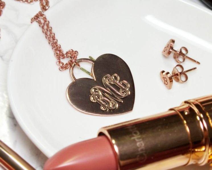oNecklace rose gold custom monogram jewellery (3)