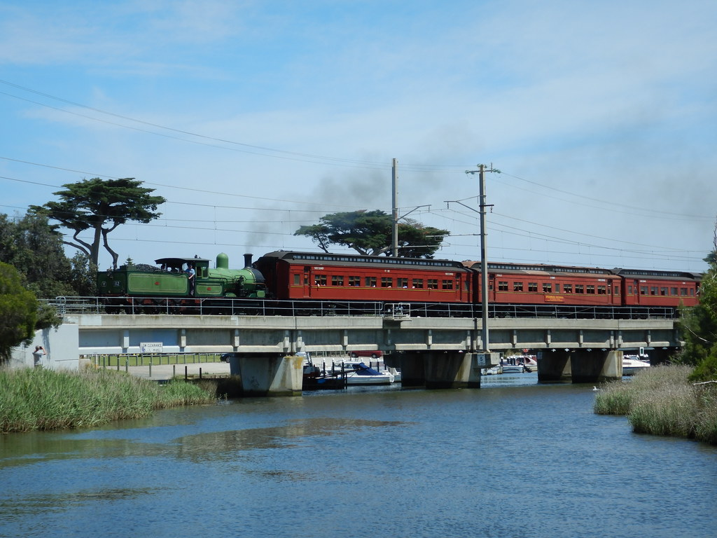 Y 112 crossing mordialloc creek by roreeves