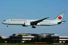 C-FGDZ (Air Canada)