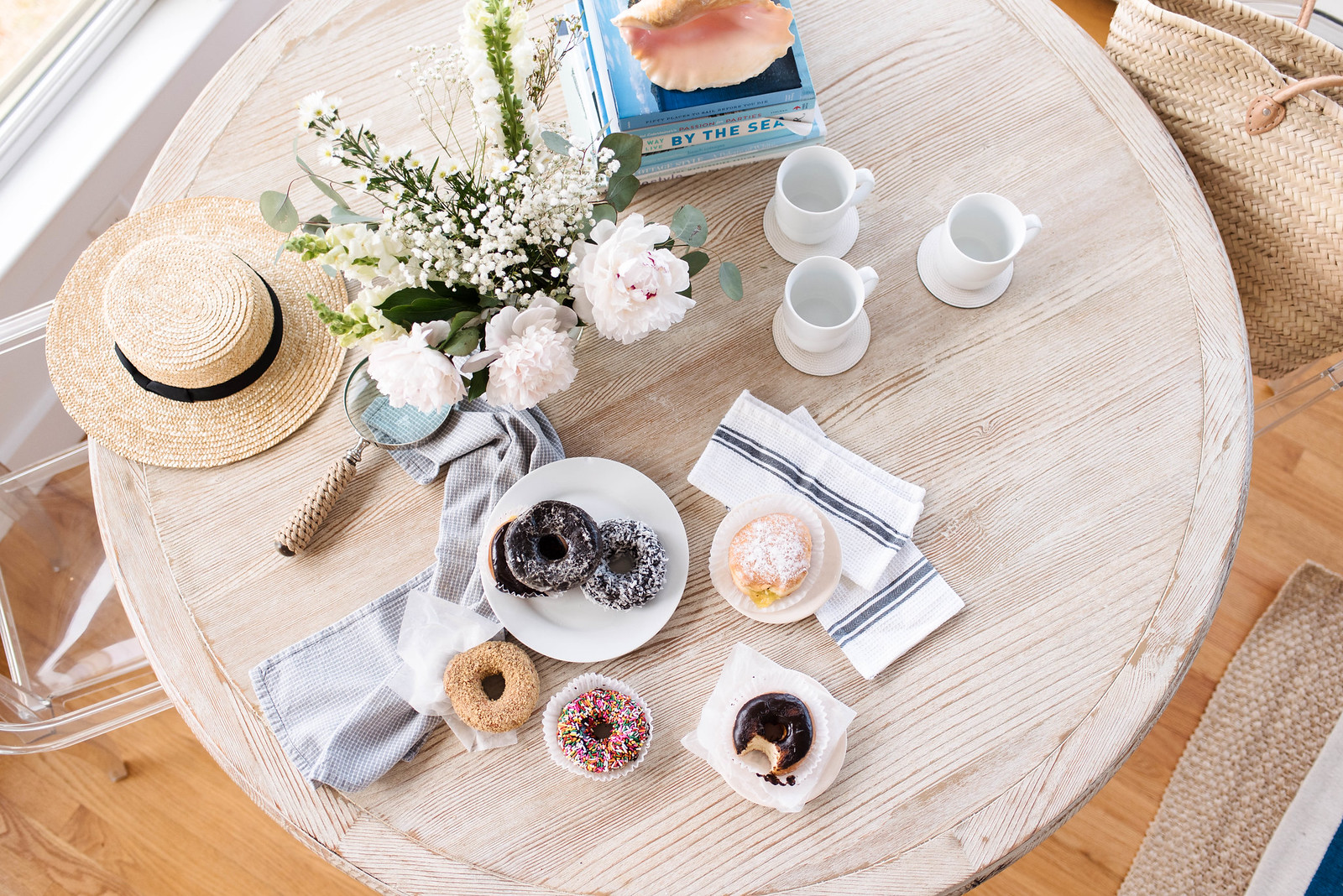 Back Door Donuts on Marthas Vineyard on http://juliettelaura.blogspot.com/