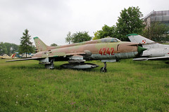 Sukhoi SU-20 Polish Air Force 4242