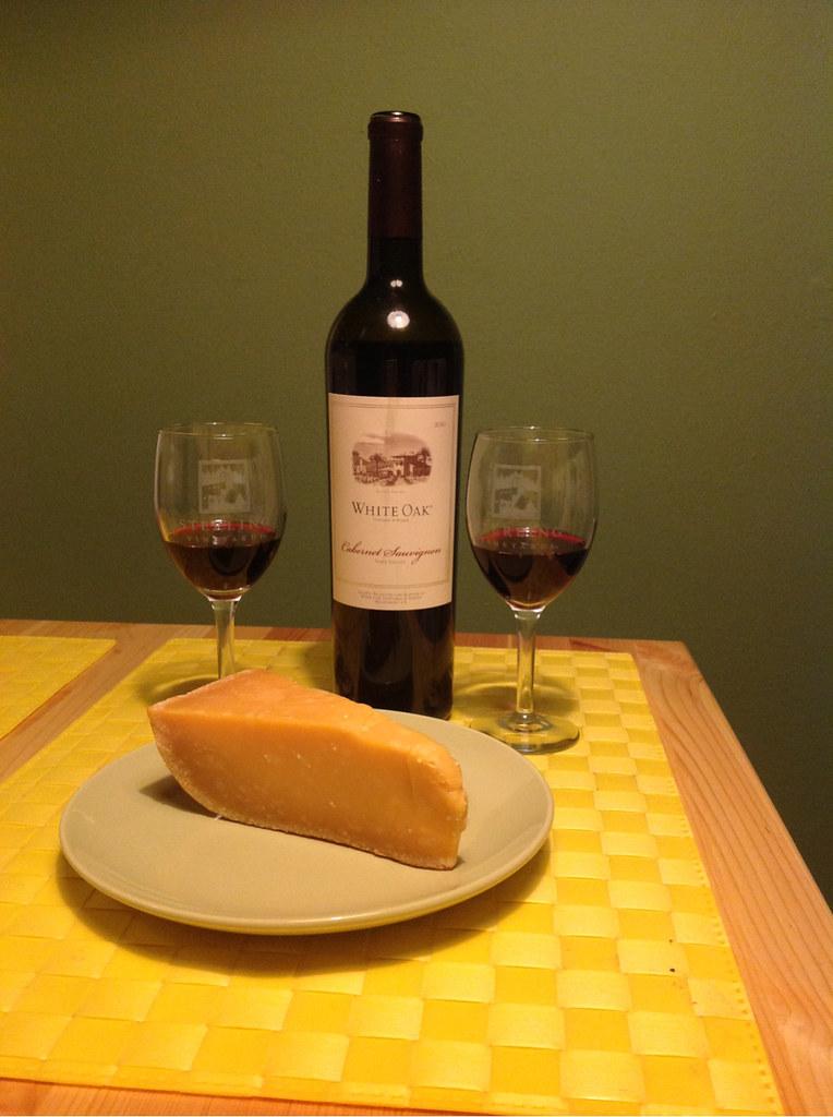 cabernet-sauvignon-and-1000-day-gouda_1