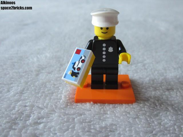 Lego minifigures S18 Policeman p1