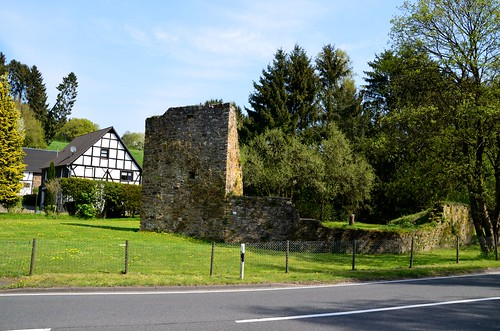 Herrenbröhl Castle Ruin in Ahe