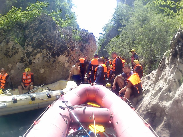 new albumRafting na Neretvi zabava do pet sati