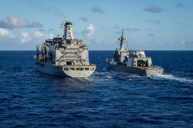 PHILIPPINE SEA (June 20, 2018) The Military Sealift Command Henry J. Kaiser-class underway replenishment oiler USNS Rappahannock (T-AO 204), left, refuels the Akizuki-class JS Fuyuzuki (DD 118) before a multi-ship replenishment-at-sea. Chancellorsville is forward-deployed to the U.S. 7th Fleet area of operations in support of security and stability in the Indo-Pacific region. (U.S. Navy photo by Mass Communication Specialist 2nd Class Sarah Myers/Released)