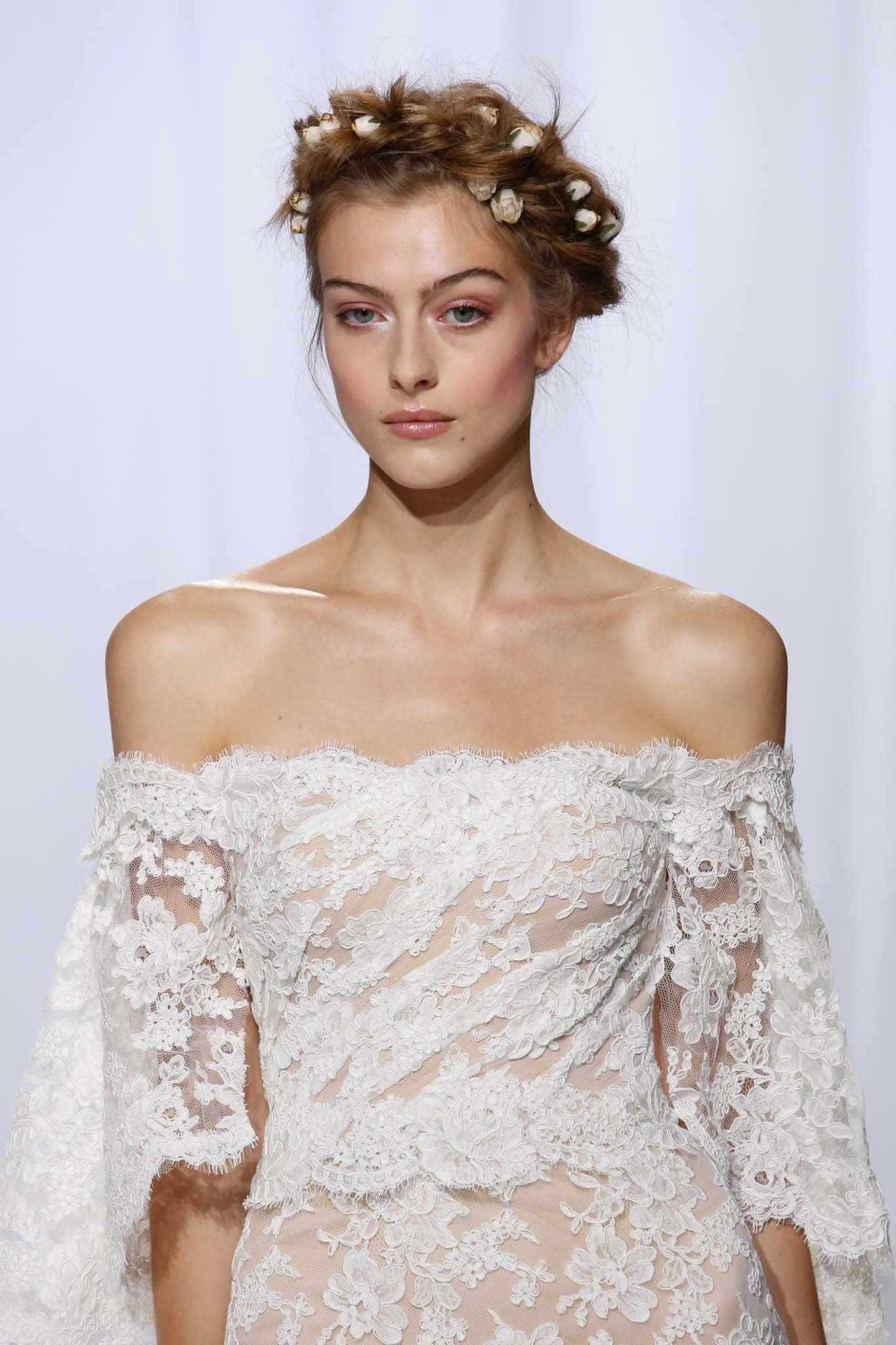 Romantic Wedding Short Haircut for Your Amazing Day! 1