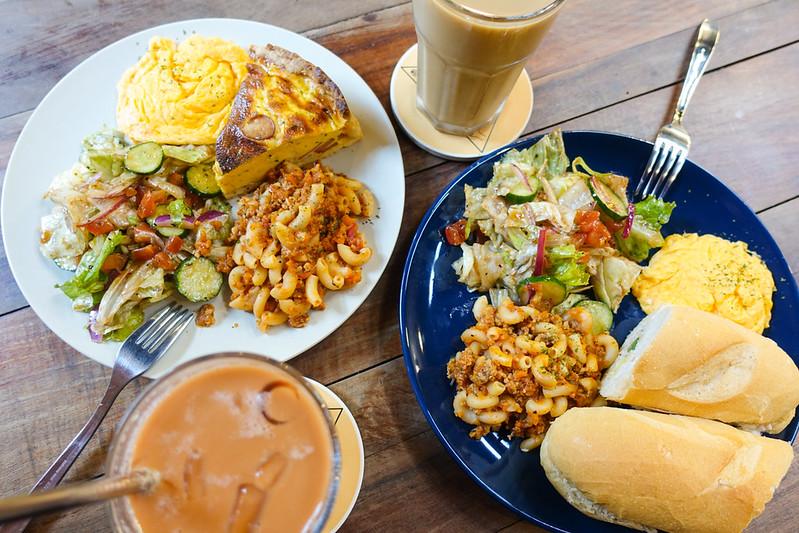 [美食] 台南 W coffee•am's food 二店新開幕!異國早午餐、隱身小巷內的老屋!
