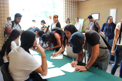 """Con participación de más de 400 alumnos de la FADU se realizó el """"Segundo Congreso Nacional de Valores Profesión y Sociedad""""."""