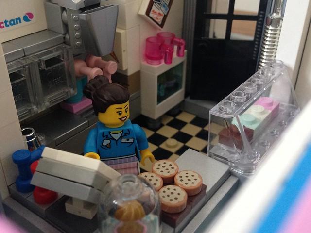 Jo, Jo & Mike's Ice Cream Parlour