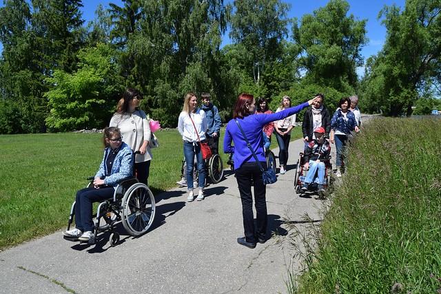 Дети с ограниченными возможностями при поддержке Фонда «Святое дело» и  финансовой поддержке проекта BazarPnz.ru в  в музее «Тарханы фото 2