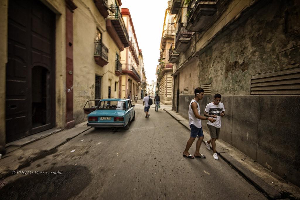 LA HAVANE:RUE AGUACATE