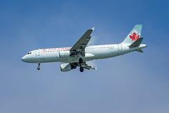 Air Canada AIrbus A320-211