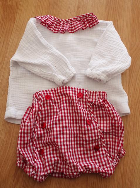 blouse et bloomer couture facile cadeau de naissance