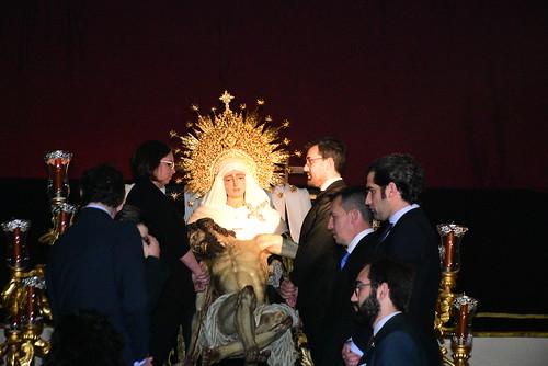 Amargura traslado de Ntro. Padre Jesús Descendido de la Cruz a su paso.