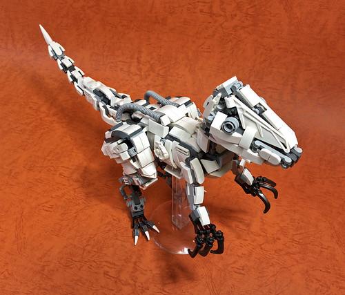 LEGO Mecha Velociraptor-05