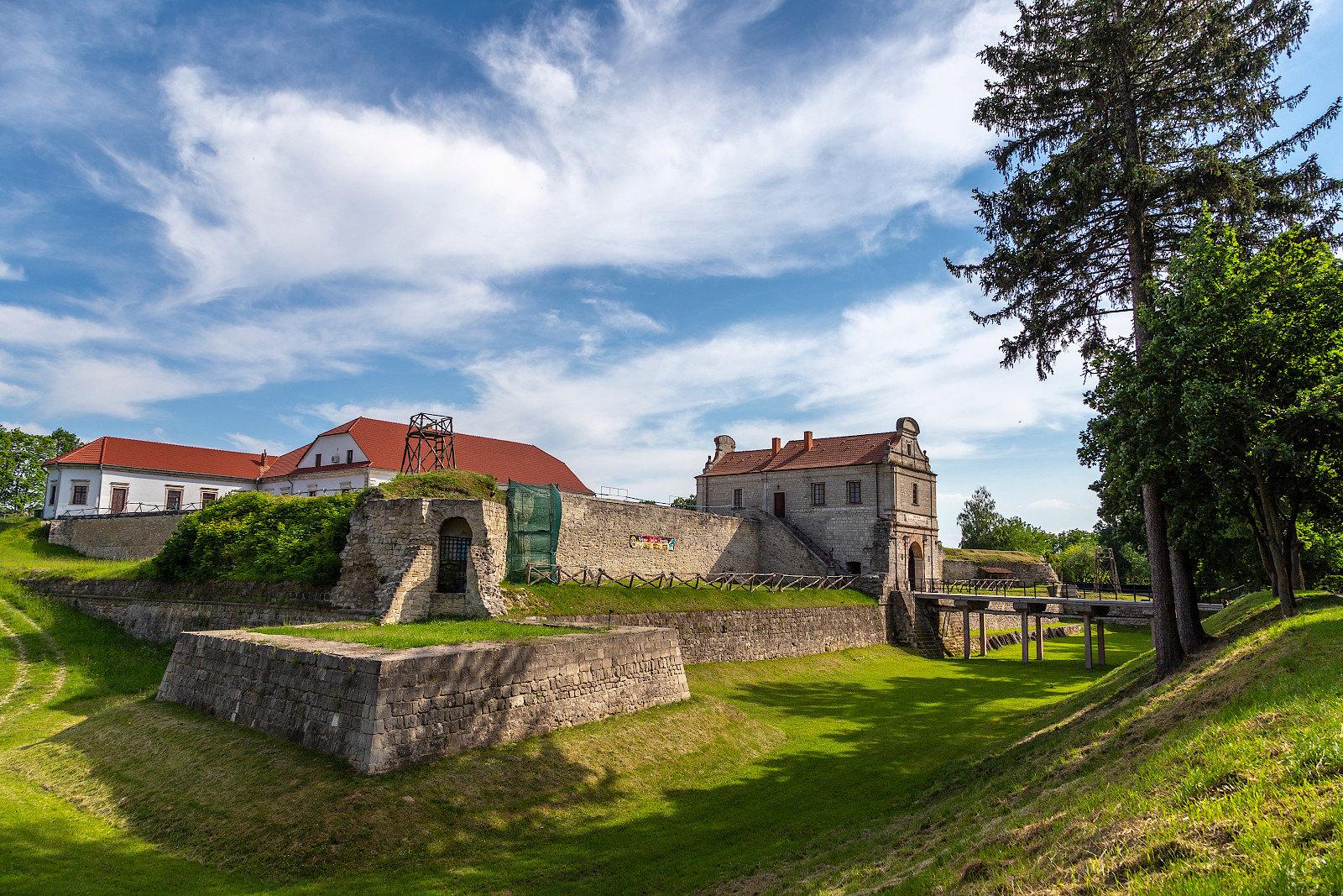 Галопом по замкам Тернопольщины
