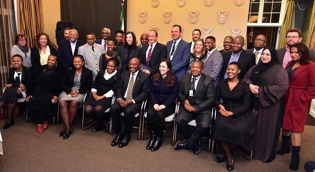 President Cyril Ramaphosa meets, Nikon D4S, AF Zoom-Nikkor 80-200mm f/2.8D ED