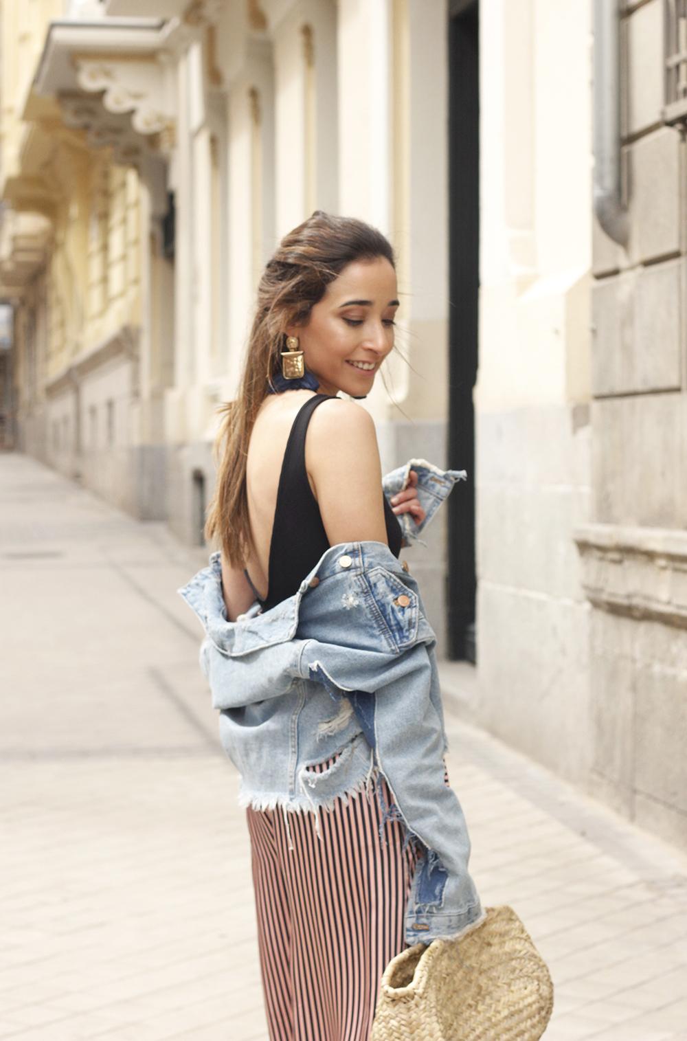striped palazzo trousers uterqüe zara bodysuit denim jacket spring outfit 201812