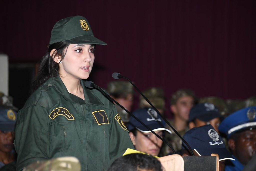 الجزائر : صلاحيات نائب وزير الدفاع الوطني - صفحة 21 41664091234_594c818f9f_b