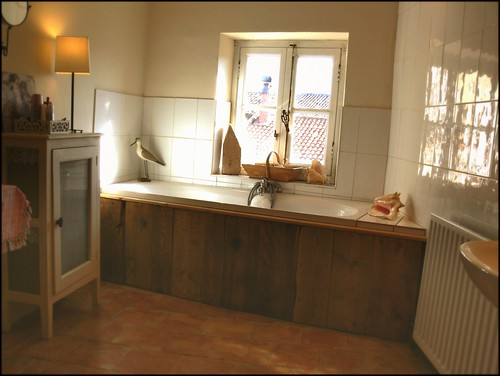 our bathroom, tour of our French house!