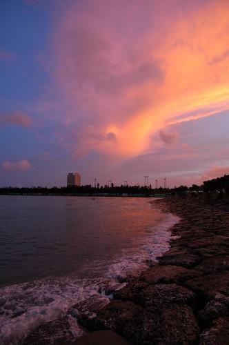 ocean sky moon beach sunrise geotagged okinawa 沖縄 海 空 chatan ビーチ 月 日の出 北谷 朝焼け geolat263086786 geolon1277602236
