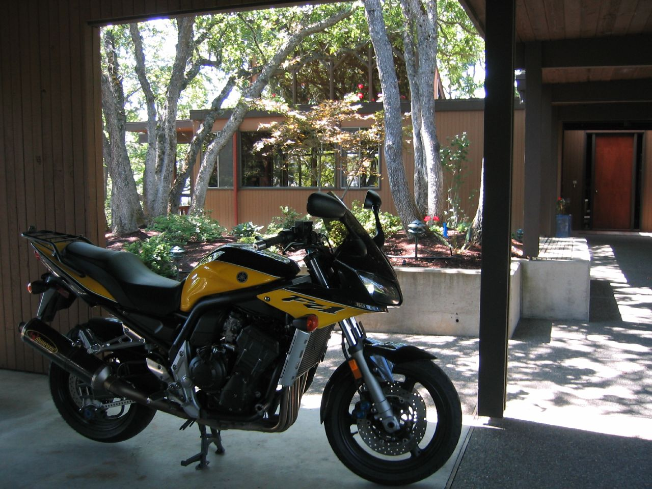 Yamaha Hs Horizontal