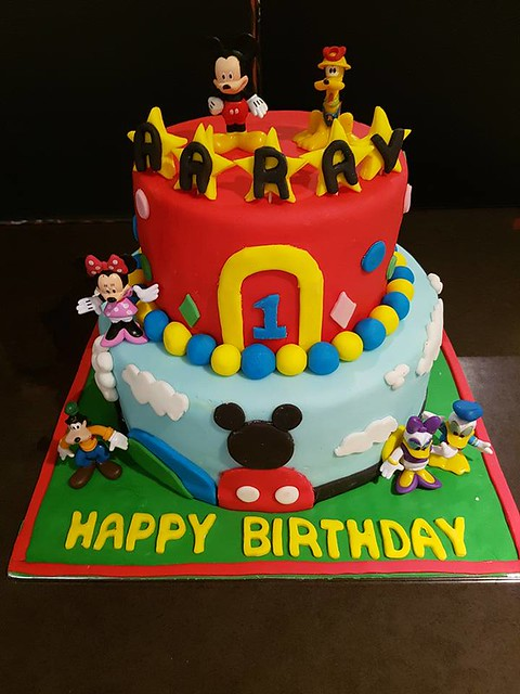 Cake by Eggless Cakes & Cafe