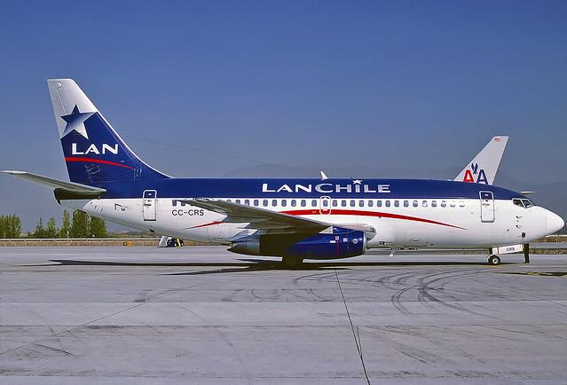 Lan Chile Boeing 737-230 CC-CRS