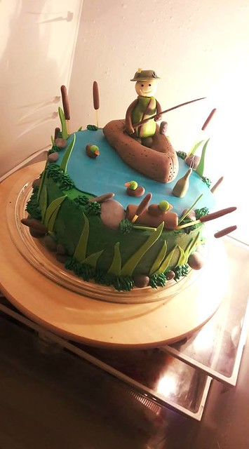 Cake by Sandy's Candy's