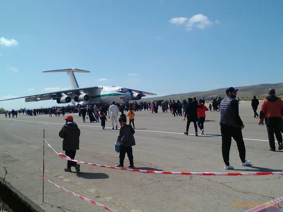 أكبر و أضخم موسوعة صور لطائرات النقل و الشحن الجزائرية AAF- iL 76/ iL 78 - صفحة 37 27580348297_eaa7c189e9_b