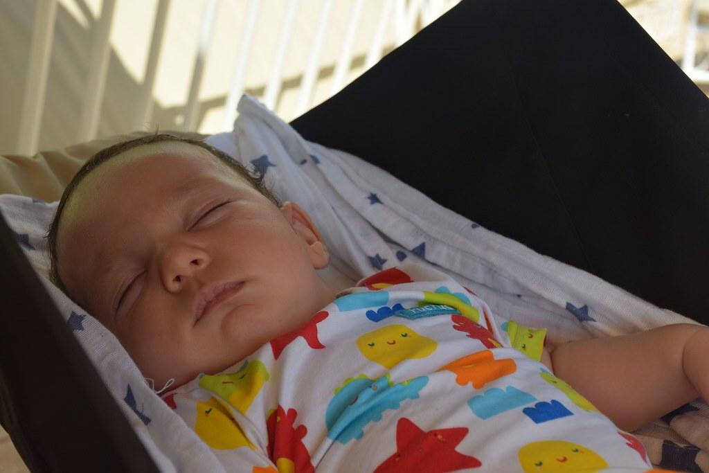 Durmiendo con unos tres meses en nuestro viaje a Mallorca