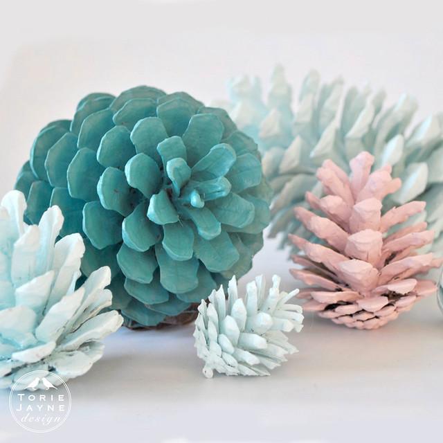 square_pinecones_wm