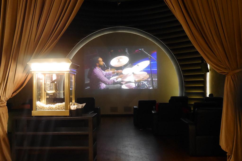 土航CIP Lounge电影院