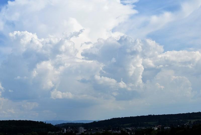 Clouds 22.05 (2)
