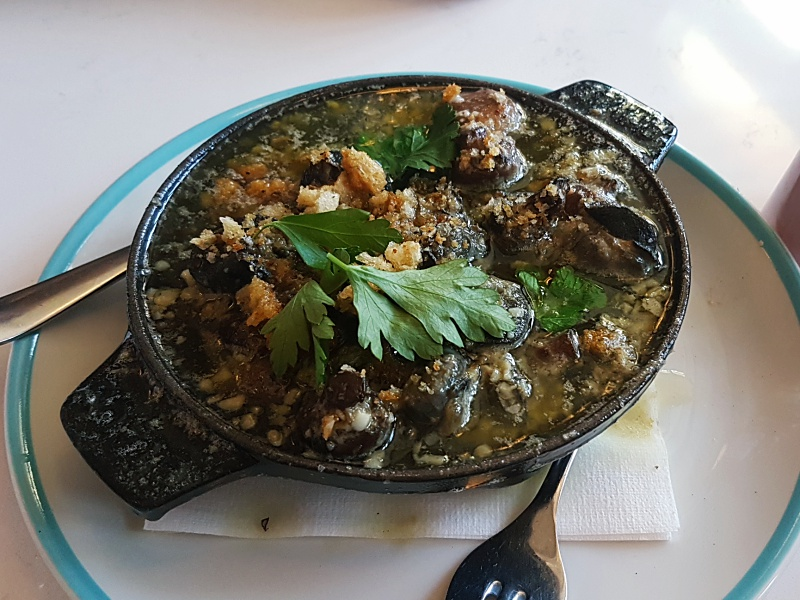 Cafe Cancan escargots