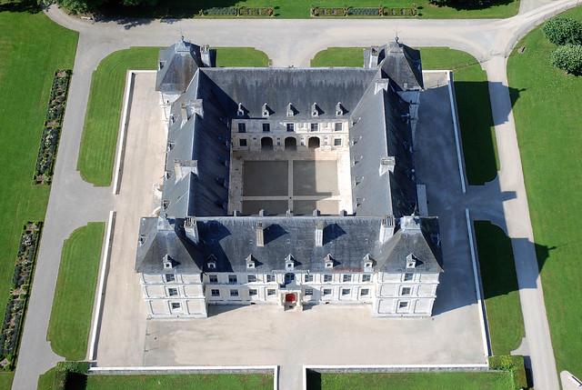 Chateau d'Ancy-le-Franc Lego exhibition