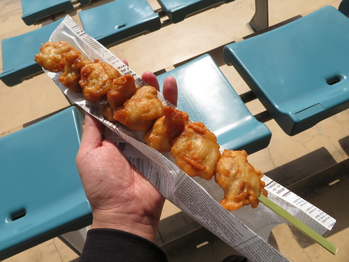 福島競馬場のカレーハウスジョイフルのから揚げ串