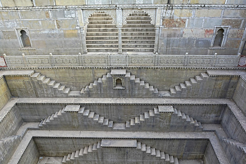 Reviving the step well has improved the drinking water availability for the villagers of Modi and nearby villagers. (Source: India Water Portal)
