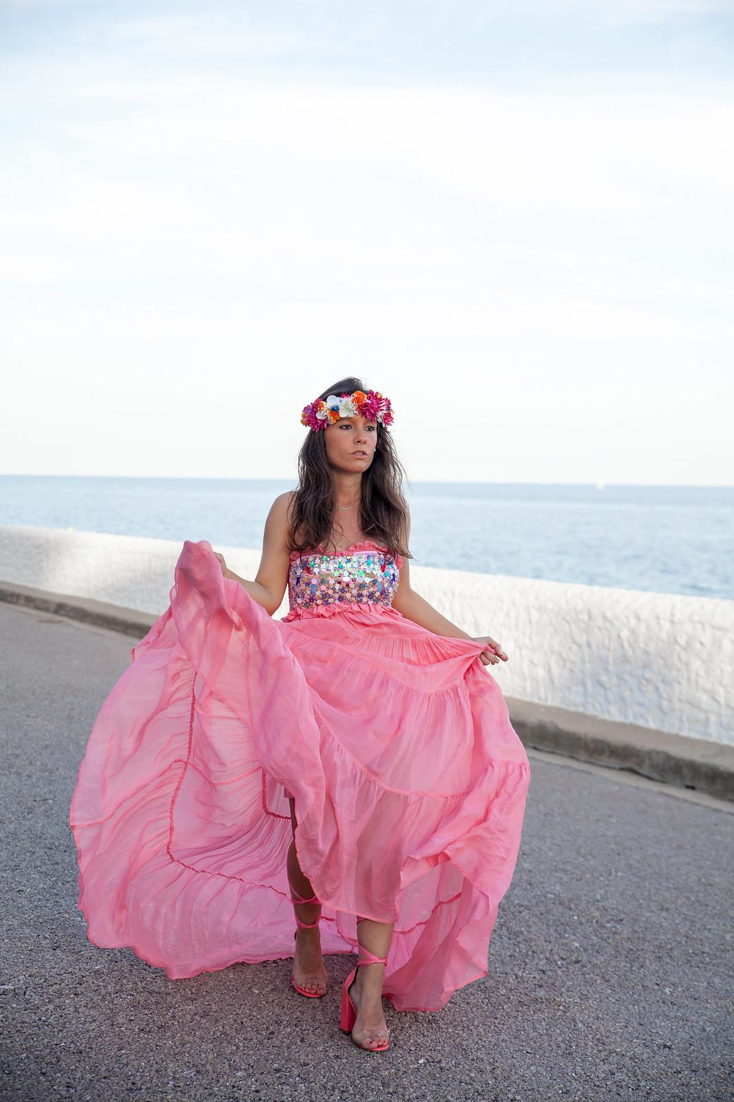 05_El_vestido_perfecto_fiesta_san_juan_verbena_highly_preppy_theguestgirl_fashion_influencer_barcelona_bilbao_vestido_boda
