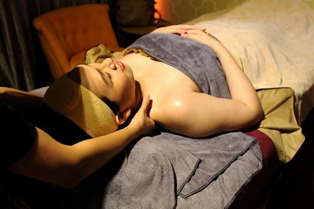 J Studios: Massage
