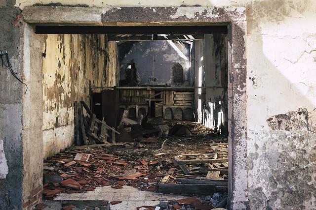 Former prison on Capraia, Canon EOS 1300D, Canon EF-S 24mm f/2.8 STM